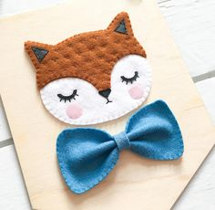 NEW* Bow tie Fox banner, woodland decor Felt Banner, Bookmarks Kids, Woodland Decor, Handmade Felt, Felt Toys, Felt Art, Felt Ornaments, Baby Decor, Felt Crafts