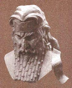 Assyrian Staues in Museums: Sennekherib,assyrian  King 704-681 BCE