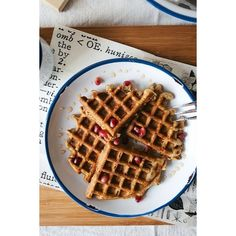 overnight oat waffles w/ lemon zest poppy seeds pomegranate honey!) ❤ liked on Polyvore featuring home, kitchen & dining and sugar palm