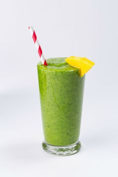 healthy fruit smoothie recipes - how to make healthy breakfast smoothie Yummy Smoothie Recipes, Healthy Breakfast Smoothies, Yummy Smoothies, Shake Recipes, Homemade Smoothies, Vegetable Smoothies, Protein Smoothies, Yogurt Smoothies, Healthy Recipes