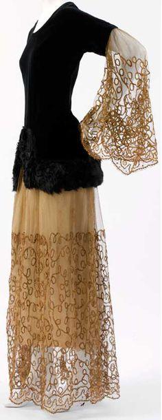 20s velvet gold tulle net south dress gown evening formal Paul Poiret - Couture - Ensemble de Soirée - Noir - Dentelle - 1924.