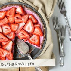 Fresh berries and summer go hand in hand... making this Raw Vegan Strawberry Pie the perfect summer dessert