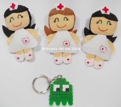 Broches Enfermeras con distinto color de pelo, realizado con fieltro (ver en tienda desde mi blog)