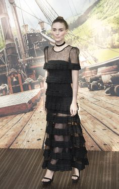 rooney-mara-pan-premiere-in-london_1.jpg (1280×2039)
