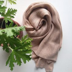 Silk/cotton summer scarf in nude. Knitted on old hand driven knitting machines in THEHANDMAKERLINE studio in the South of Denmark. All finish is made by han