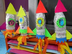 Solar System activities for kids: Plastic bottle recycled space crafts! Space Preschool, Preschool Crafts, Space Crafts Preschool, Solar System Crafts, Space Solar System, Solar System Projects For Kids, Solar System Activities, Rocket Craft, Rockets For Kids