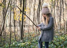 Winter Hats, Crochet Hats, Fashion, Knitting Hats, Moda, Fashion Styles, Fashion Illustrations