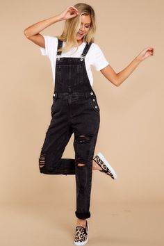 Just A Girl Black Denim Overalls Trendy Boyfriend Black Denim Overalls - Cute Overalls - Overalls - Black Overalls Outfit, Dungarees Outfits, Cute Overalls, Overalls Vintage, Overalls Women, Denim Overalls, Trendy Outfits, Cute Outfits, Fashion Outfits
