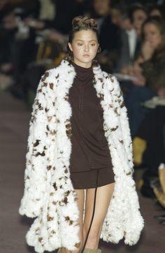 ☆ Devon Aoki | Fendi | Fall/Winter 2002 ☆ #Devon_Aoki #Fendi #Fall_Winter_2002 #Catwalk #Model #Fashion #Fashion_Show #Runway #Collection