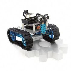 A description of Makeblock Arduino DIY Starter Robot Kit, a learning kit to experiment with robotics, electronics and Arduino programming. Robot Kits, Diy Robot, Learn Robotics, Educational Robots, Car Starter, Arduino Programming, Electronic Kits, Smart Car, Entry Level
