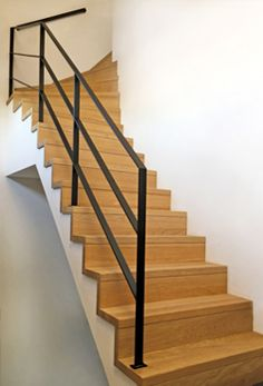 trapleuning in staal met staven Residential Interior Design, Home Interior Design, Stair Railing Design, Architecture Design, Home And Family, Stairs, Sunil Gupta, Inspiration, Tandem