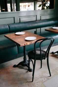 restaurant furniture 32 Trendy Banquette Seating C - Decor, Cafe Furniture, Cafe Seating, Cafe Chairs, Furniture, Restaurant Furniture, Cafe Interior, Restaurant Seating, Interior Design