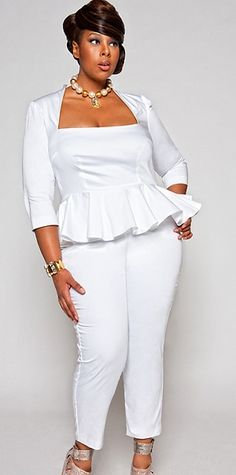 Plus Model Mia Amber for Monif C. Plus Sizes white jumpsuit plus size MiaAmber | Fashion and Style Trends