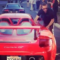 Just how fast were #PaulWalker and Roger Rojas driving? And what caused the crash? See details of the #autopsy report by hitting the image...