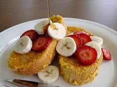Lick The Bowl Good: Aye, Aye Cap'n! A Father's Day Breakfast - Cap'n Crunch French Toast from the Blue Moon Cafe via Diners Drive-Inns and Dives Unique Recipes, Great Recipes, Favorite Recipes, Brunch Recipes, Breakfast Recipes, Dessert Recipes, Desserts, Captain Crunch French Toast, Dove Recipes