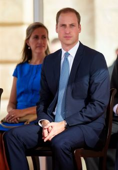 Prince William, Duke of Cambridge watches the In Guardia Pageant during an official visit to Malta on 20.09.14 in Valletta Duchess Kate, Duke And Duchess, Duchess Of Cambridge, Prince William And Catherine, William Kate, Royal Throne, English Royal Family, Classy People, Princess Kate Middleton