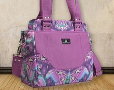 """The CITY SLICKER HANDBAG SEWING PDF PATTERN ============================================================ Finished bag size = Approx. 40cm (15 ¾"""") W"""