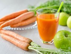 Eliminate nasal congestion, sinusitis with this powerful carrot juice combo with oranges and green apples. It is a simple juice but the nutrients work synergistically to break down mucus for elimination, relieving congestion. Healthy Juice Recipes, Juicer Recipes, Healthy Juices, Healthy Drinks, Juice Smoothie, Smoothies, Smoothie Recipes, Sumo Detox, Orange Carrot Juice