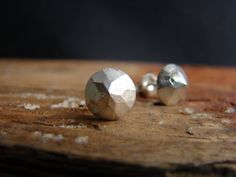 Pyramid Faceted Silver Studs Earrings Geometric by Nafsika on Etsy