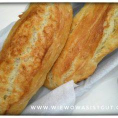 Das Baguette Magique ist das beste Baguette, was man selber herstellen kann. Schön Knusprig und die Herstellung dauert keine 2 Minuten.