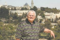 "Israel Hayom | Hagee: Israel is not an 'occupier' but the owner of the land 9-19-14 ""Jews have one of the most prosperous countries on the face of the earth' says Pastor John Hagee"