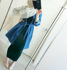 Best Style of Clothes For Body Type - Fashion Trends Modern Hijab Fashion, Hijab Fashion Inspiration, Islamic Fashion, Muslim Fashion, Modest Fashion, Fashion Outfits, Emo Fashion, Modest Wear, Modest Dresses