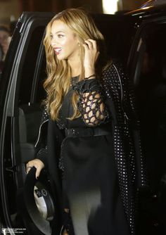 Beyoncé  Arriving At 40 / 40 Club in New York City 12.02.2015