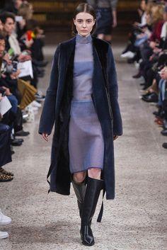 #GabrieleColangelo #FW2016_17 #MFW #Milano #Catwalk #readyToWear #trends #furry #extraLong