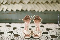 gold wedding shoes by Emmy | CHECK OUT MORE IDEAS AT WEDDINGPINS.NET | #weddingshoes
