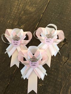12 pink and silver guest pins for Baby shower by Marshmallowfavors