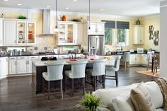 Many of the features most desired by luxury buyers can be found in today's master-planned communities. What a beautiful David Weekley kitchen at Nocatee!