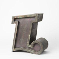 ROMANIA Circa 1970  SIZE Height: 11 cm Depth: 4 cm Romania, Letters, Metal, Home Decor, Decoration Home, Room Decor, Letter, Metals, Lettering
