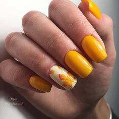 Yellow Nails For Fall Nail Art By Beautybigbang - Nailpolis . Yellow Nails For Fall Nail Art By Be Short Nail Designs, Best Nail Art Designs, Fall Nail Designs, Acrylic Nail Designs, Acrylic Nails, Coffin Nails, Fall Nail Art, Autumn Nails, Fall Nail Colors