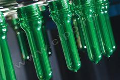 Preforme PET - Producator flacoane PET apa minerala si plata, lapte, ulei, si preforme PET.