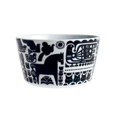 kanteleen kutsu bowl ++ sanna annukka for marimekko Finland Swedish Design, Nordic Design, Marimekko, Ceramic Tableware, Kitchenware, Ceramic Design, Fashion Plates, Beautiful Patterns, Textile Design
