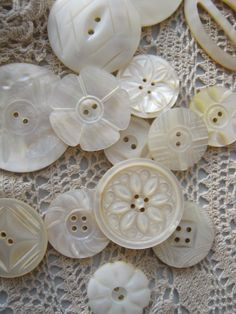 Beautiful vintage mother of pearl buttons