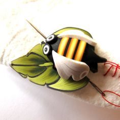 Bumble Bee on a Leaf Needle Nanny Sewing Accessory by Claybykim