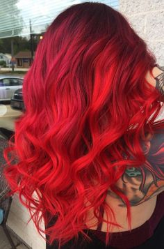 Red Hair Color : Look at these colourful dyed haircuts and get inspired! 🖤 Check out the article now! Magenta Hair Colors, Vivid Hair Color, Bright Red Hair, Cool Hair Color, Hair Dye Colors, Red Ombre Hair, Pink Hair, Pretty Hairstyles, Bob Hairstyles