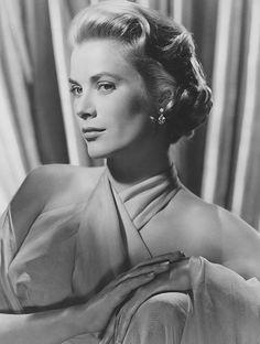 10 secrets de beaute des actrices les plus glamour du vieil Hollywood Grace Kelly