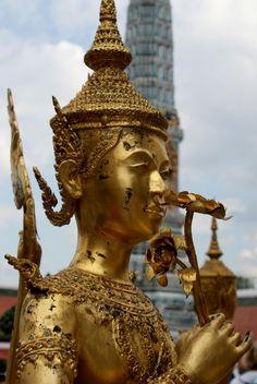 Sweet Bangkok,   Wat Phra Keo,   Bangkok.