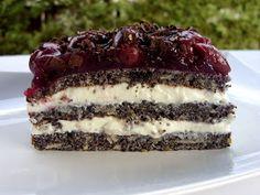 Csiperke blogja: Meggyes-mákos habos torta Cake Recipes, Dessert Recipes, Hungarian Recipes, Special Recipes, Oreo, Cheesecake, Food And Drink, Tasty, Sweets