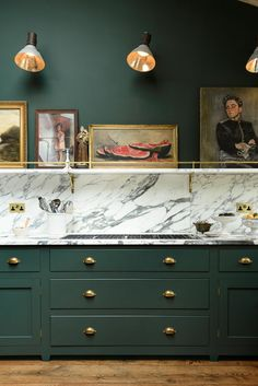 A daring combination of Arasbescato marble, dark green Classic cabinets and brass details proving sometimes it's worth taking a risk Eames, 2 Colour Kitchen Cabinets, Green Cabinets, Kitchen Cupboards, Kitchen Pantry, Navy Cabinets, Basement Kitchen, Kitchen Stove, Kitchen Units