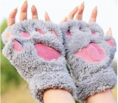 WANAYOU Ladies Winter Fingerless Gloves,Fluffy Bear Cat Plush Paw Claw Half Finger Glove,Half Cover Women Female Gloves Mitten