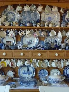 Love blue and white china on a Welsh dresser. Blue And White China, Blue China, China China, Vintage Dishes, Vintage China, Chinoiserie, Shabby Chic, Ivy House, White Dishes
