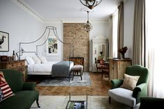 Hotel Lobby Design, Boutique Hotels London, London Hotels, Villa, Bungalows, Boutique Hotel Bedroom, Hotel Bedrooms, Boutique Interior, Shabby Chic Bedrooms