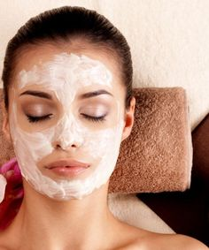 This DIY mask will help remove uneven skin tone, hyper pigmentation, dark spots, reduce the intensity of wrinkles, fine lines and helps retain melanin.