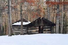 #hughes #hughescountryroadsphotography #melissa #rustic #barn