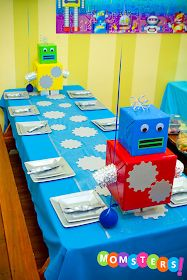Momsters - Parenting n All the Jazz!: Robot Theme Birthday Party (Top Picks) - Momsters – Parenting n All the Jazz!: Robot Theme Birthday Party (Top Picks) Momsters – Parenting n All the Jazz! 4th Birthday Parties, Birthday Fun, Birthday Ideas, Cardboard Robot, Robot Theme, Deco Table, Birthday Decorations, Table Decorations, First Birthdays