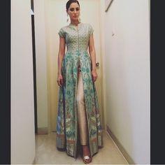 Yay or Nay?? Nargis fakhri looking beautiful in this attire by @anitadongre earrings by @anitadongre #bollywood #bollywoodupdates #fashion #style #anitadonre #nargisfakhri #instagramhub #instadaily #picoftheday #TagsForLikes #igers #tglers