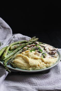 Dairy-Free Mushroom Gravy-7